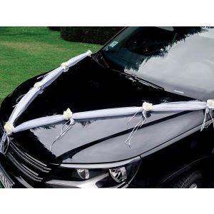 Dekoration für das Hochzeitsauto